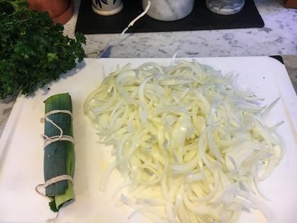 Bouquet Garni Onions